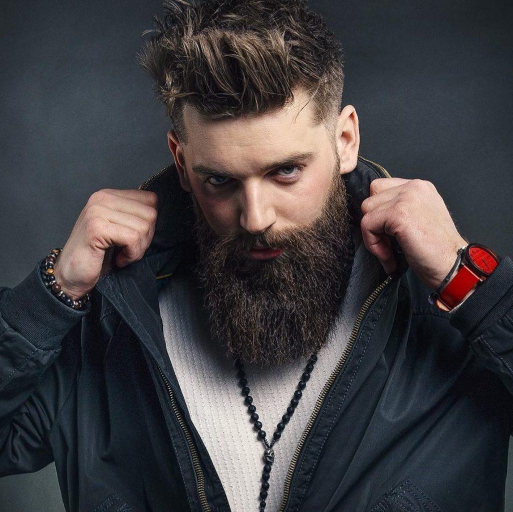barba encaracolada