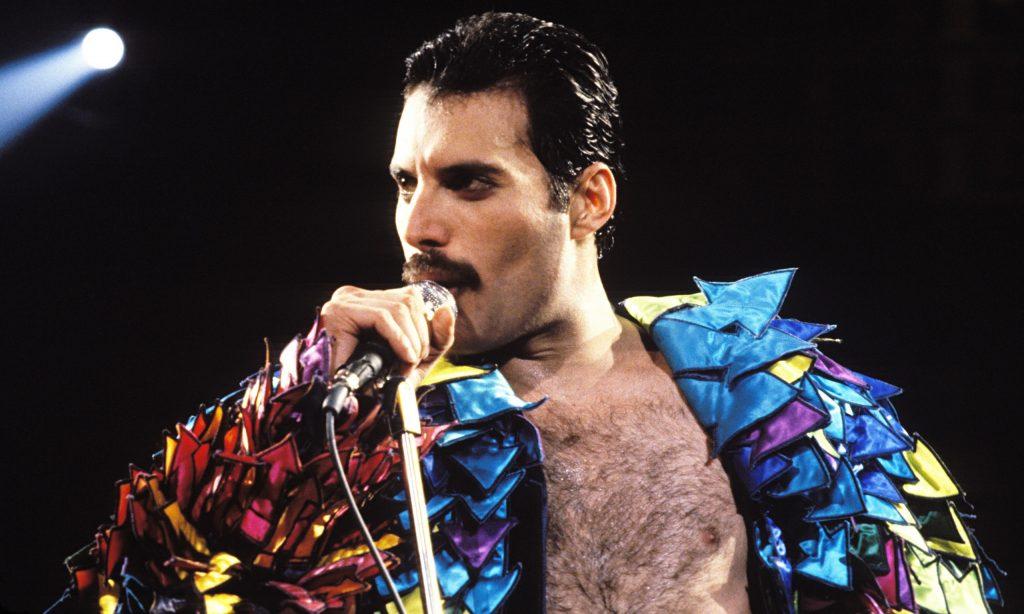 Bigode Freddie Mercury