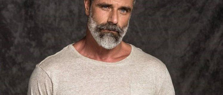 barba grisalha