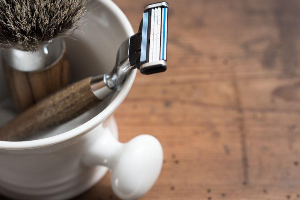 como fazer a barba em casa