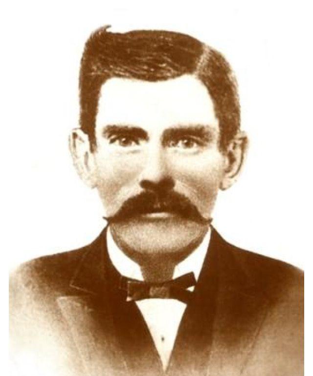 Doc Holliday Executive Contour