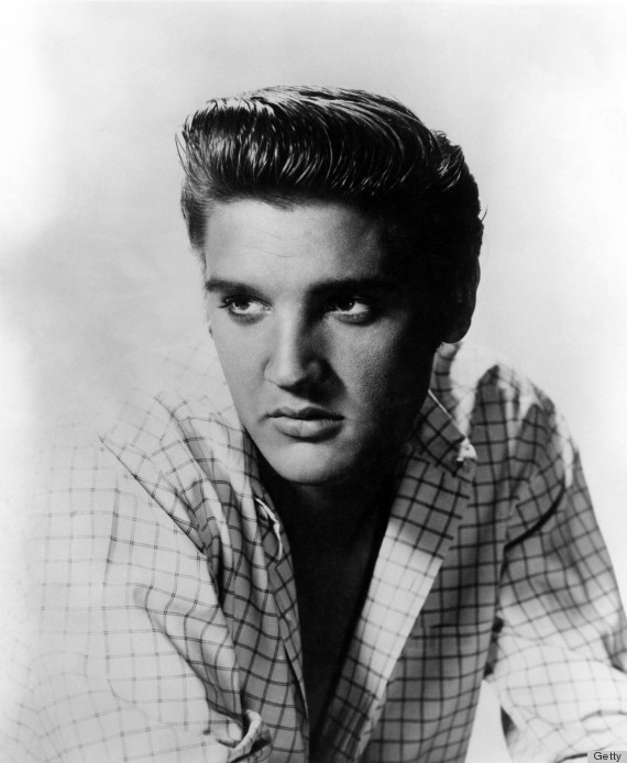 O clássico Pompadour de Elvis Presley