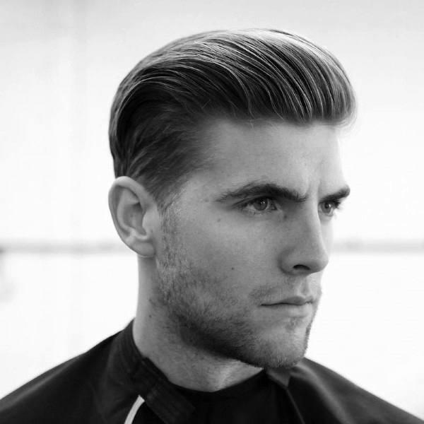penteado com pomada modeladora
